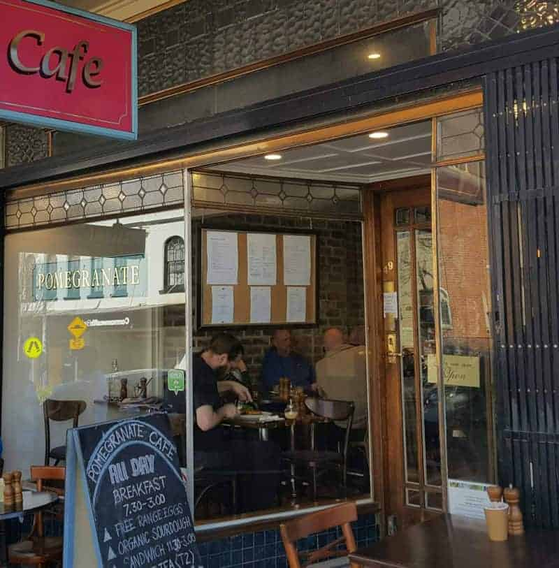 5 Cafes you should try on a trip to the Blue Mountains, Australia. All are great for breakfast, lunch and morning tea. And we have included gluten free and dairy free options. Plus more cafes worth mentioning.