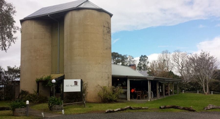 Berry is a beautiful little town on the South Coast of New South Wales, Australia. Add it to your Australian Itinerary and don't forget to visit the boutique wineries in the area.