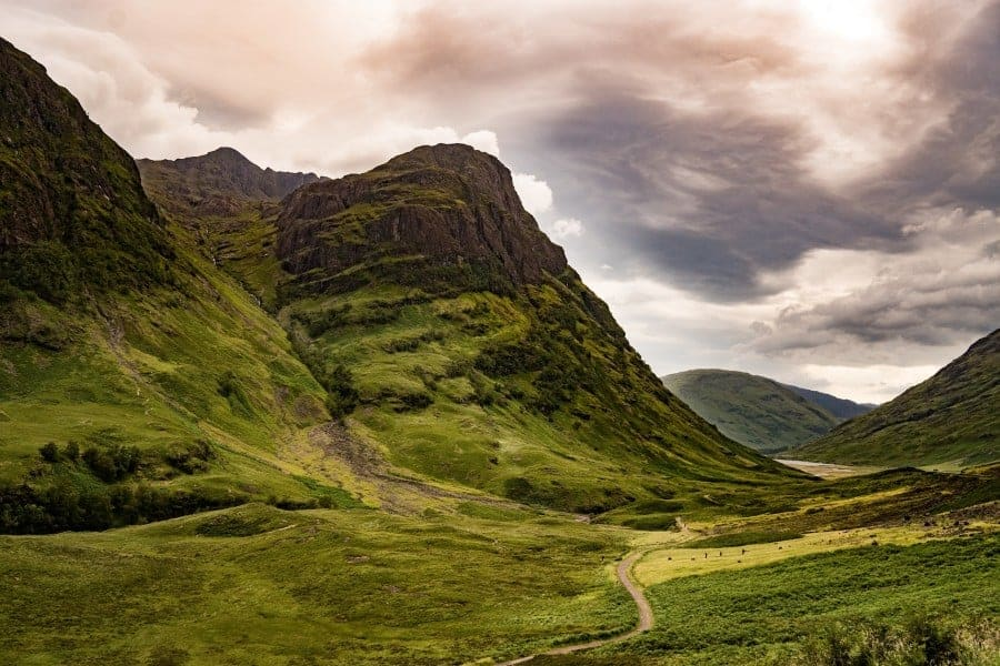 Planning a roadtrip through Scotland is hard! So many places to see and not enough time. Here is my itinerary so far. #roadtrip #scotland #isleofskye #edinburgh #highlands #scotlandroadtrip