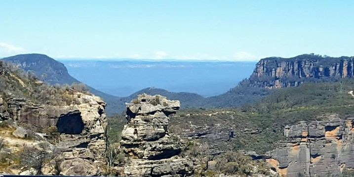 Don't miss out on the spectacular views in the Blue Mountains because you are not a hiker. These Blue Mountains Lookouts have some of the best views.