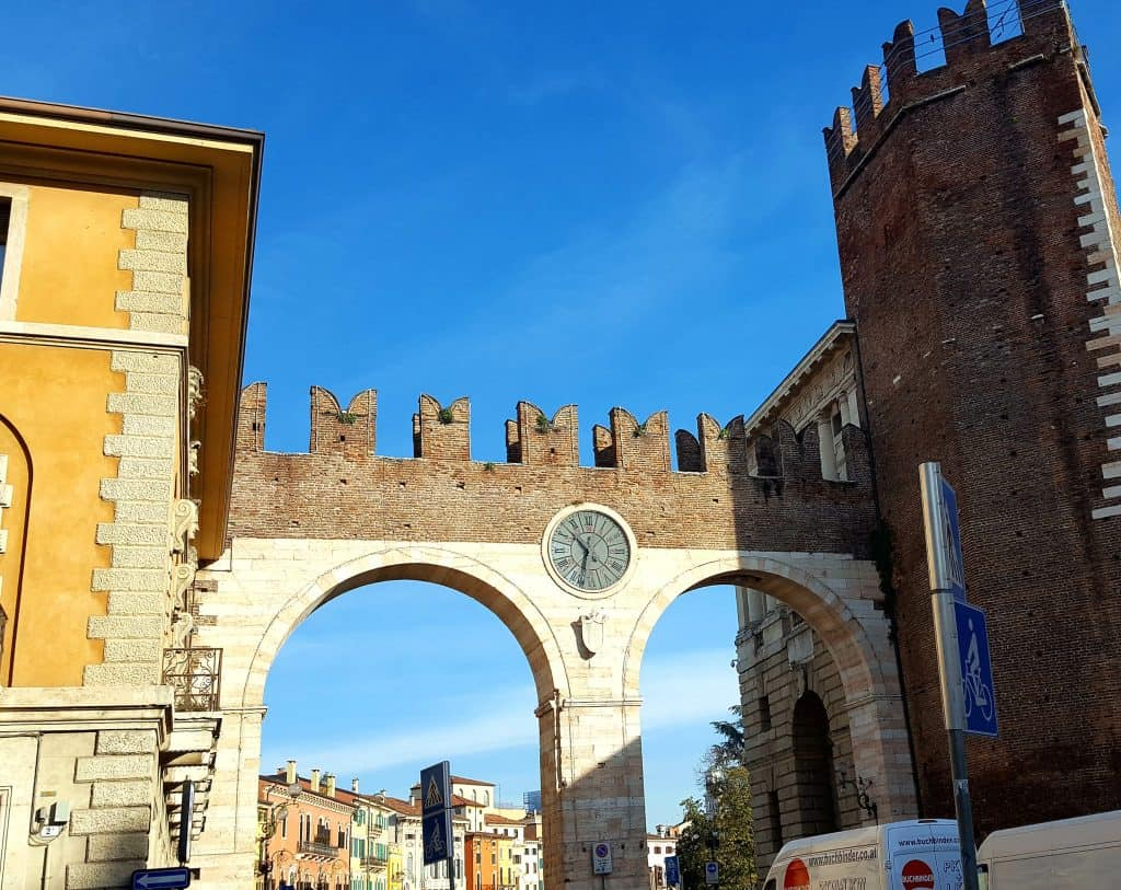 A brief overview of the beautiful city of Verona, a definite must on any Italian itinerary. #verona #italy #romeo&juliet