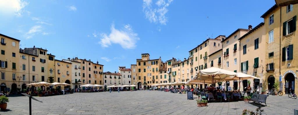 A tour of Italy visiting Florence, Bologna, Verona and Cortona #exploreitaly #tuscany #verona