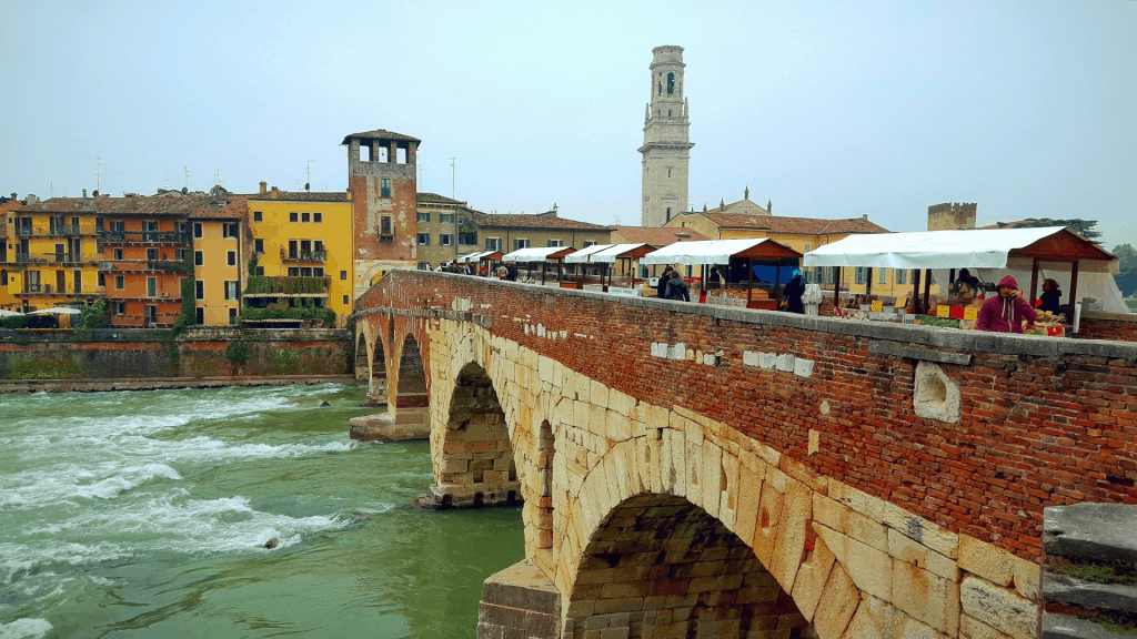 A jam packed itinerary including stays in Florence, Bologna, Verona and Cortona #exploreitaly #verona #florence