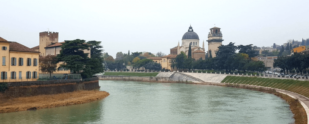A guide to Verona, a beautiful Italian city everyone should visit. #verona #italy #romeoandjuliet