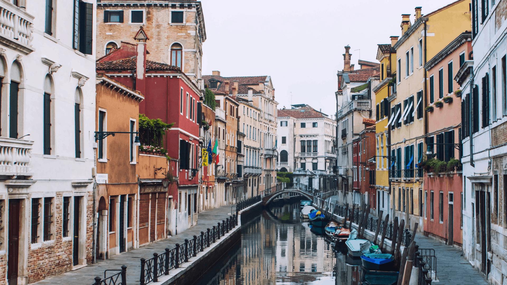 Visit these amazing Italian Cities. Each beautiful and very different. #italy #italiancities #italianitinerary