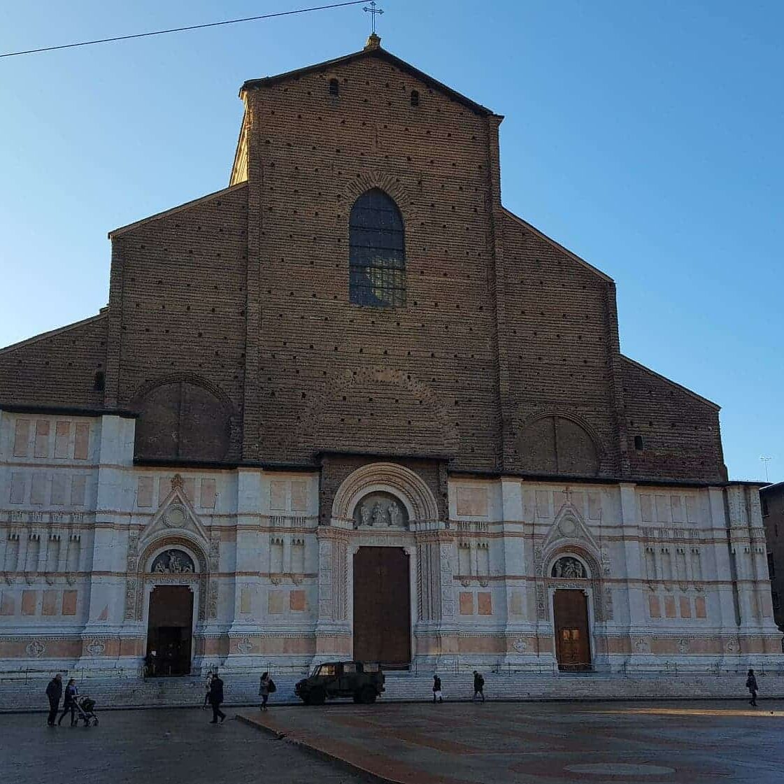 An overview of Bologna, a university city known as a food mecca. I didn't disappoint. #bologna #italy #italiancity