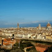 Florence is a beautiful, compact city. Find out how you can create a unique itinerary and see it your way, like I did. #firenze #florence #italy #tripplanning #florenceguide #florenceitinerary