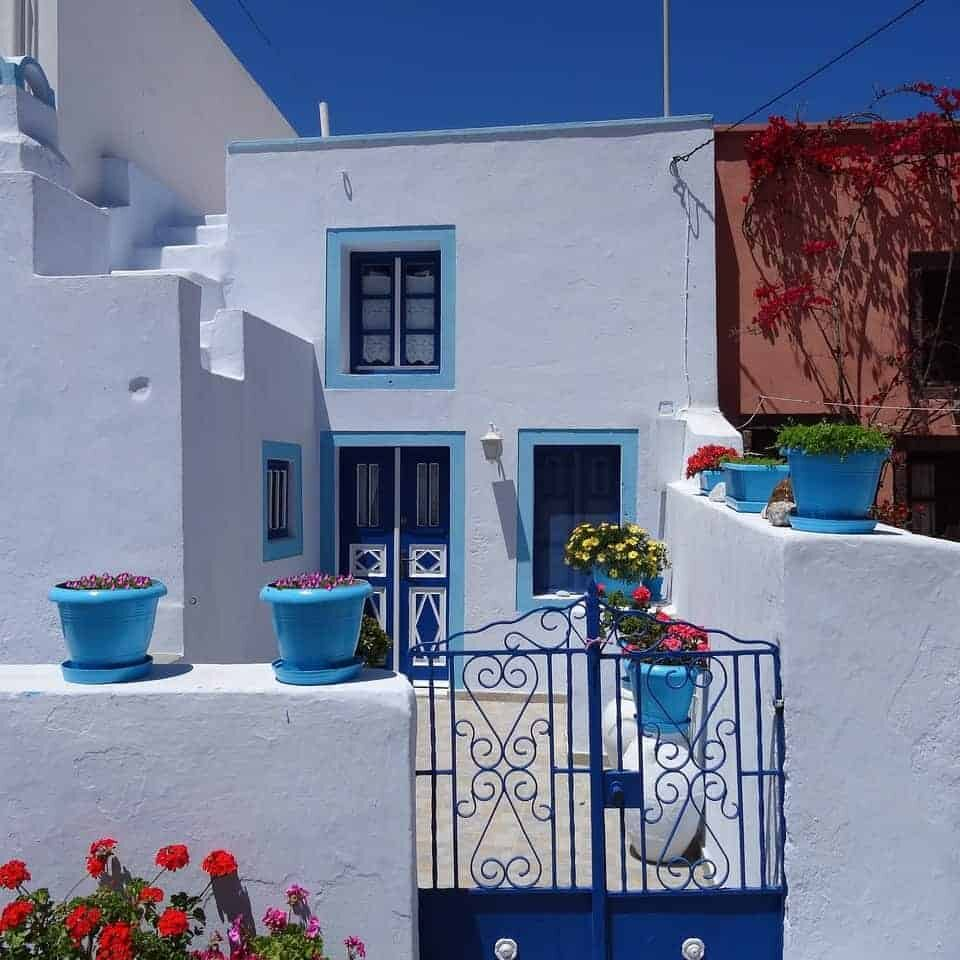 travelcharm_santorini_home